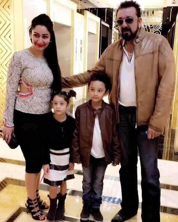 Sanjay Dutt won't keep secrets from his kids, Shahraan & Iqra